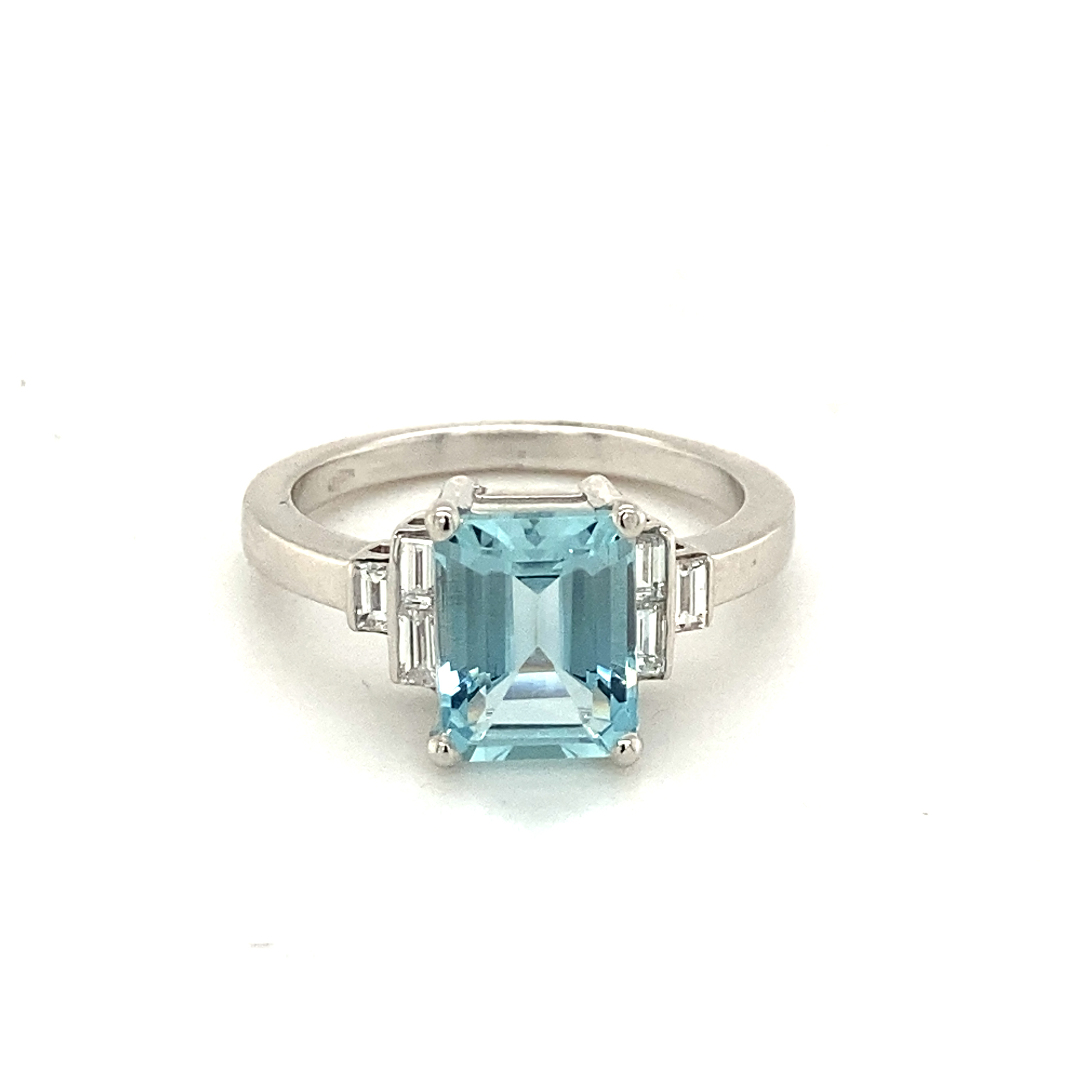 Octagon Aquamarine & Diamond 18ct White Gold